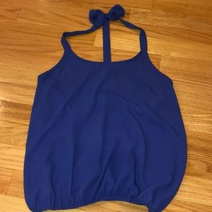 Blue t back top with bow back of neck detail